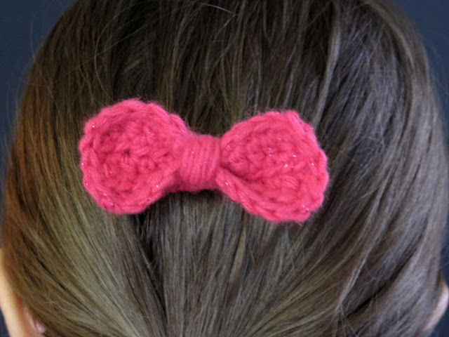 FREE Pattern: Crochet Bow Barrette