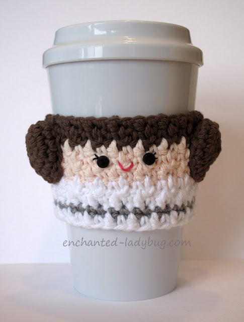 Free Pattern: Crochet Princess Leia Coffee Cup Cozy