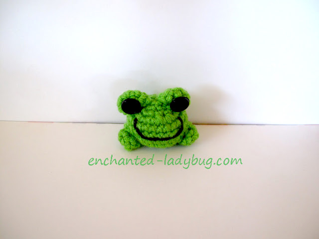 Free Crochet Fredrick the Frog Amigurumi Toy Pattern